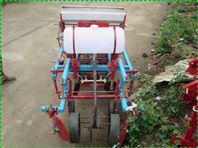施肥播种机型号 拖拉机带动喷雾覆膜机