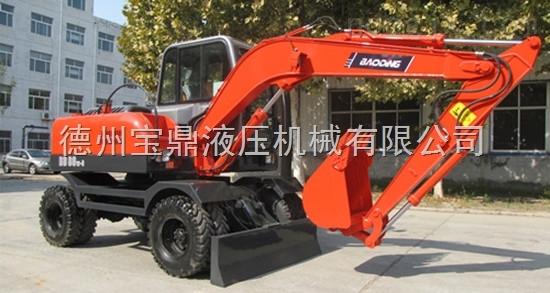 宝鼎80小型轮式挖掘机为新农村建设助力
