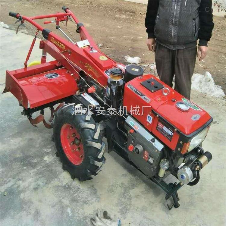 手扶式新式拖拉机现货出售 农用单铧犁防滑轮带拖斗 高效率打田机