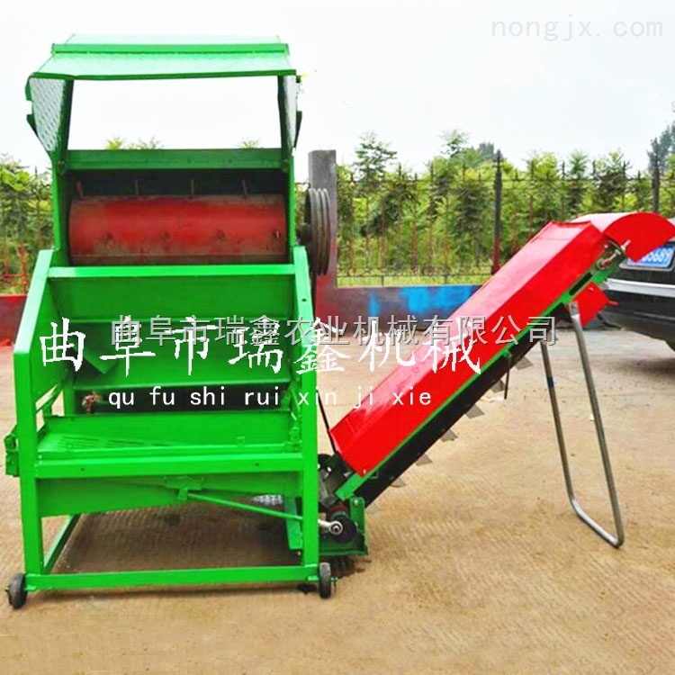 花生摘果機廠家 大型全自動裝袋花生收獲機 濕花生摘果機視頻