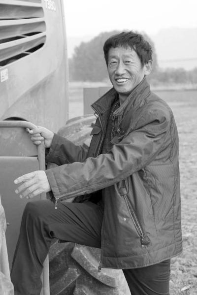 陈向阳:一位农机手的亮丽转型